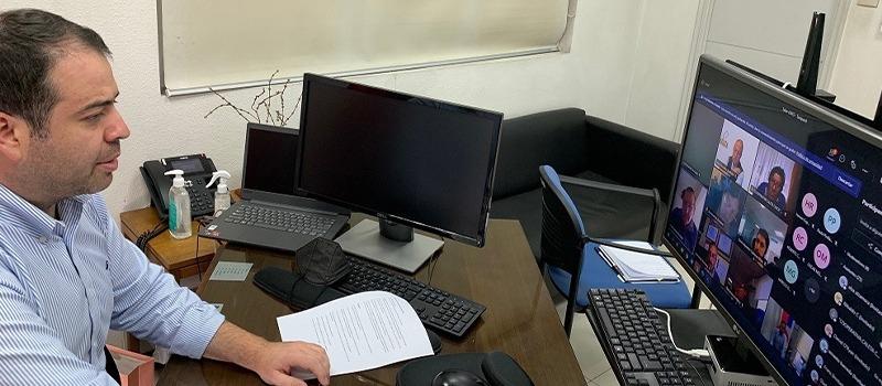 Gremios y cooperativas de Tarapacá en taller virtual de Asociatividad con jefe de División